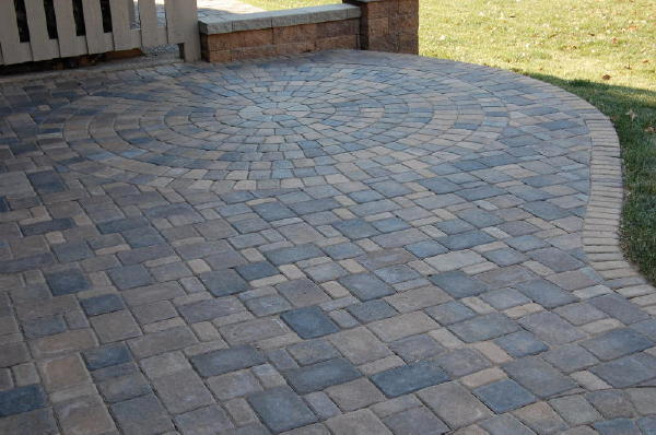Pavers: Cobble Series Color:Lakeshore Blend, Chestnut Blend 50/50 Mix  Pattern ...